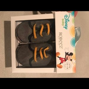 Robeez Baby Shoes - Disney - Soft Soles 12-18mo